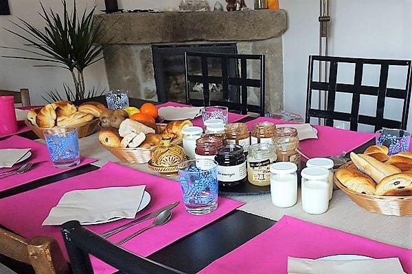Table d'hôtes L'Évidence coffret cadeau gourmand La Gourmet Box Ardéchoise