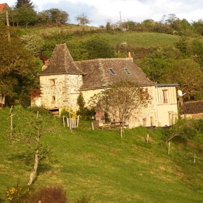 Chambre d'hotes Les Grangettes coffret cadeau gourmand Aveyron par La Gourmet Box