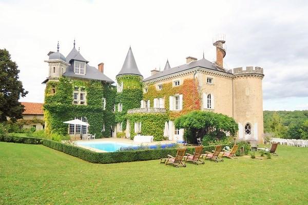 St Victor La Grand Maison
