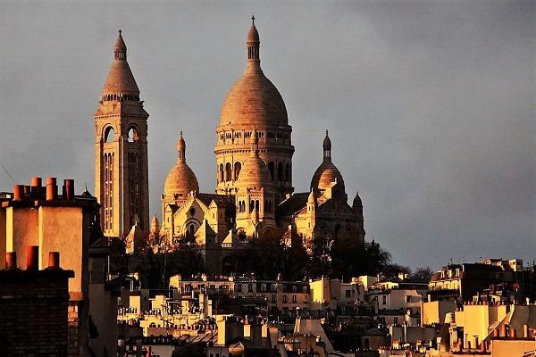 Chambre d hotes paris Cote Montmartre coffret gourmand parisien par la Gourmet Box